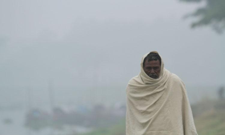 হাড় কাঁপানো শীতে জনজীবন বিপর্যস্ত