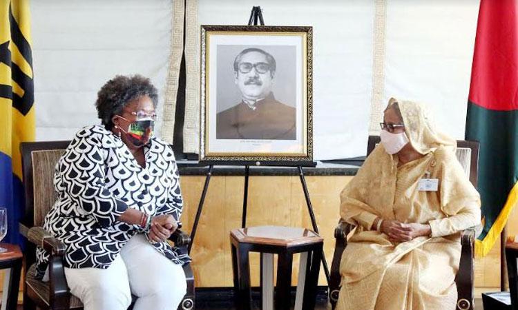 শেখ হাসিনার সাথে বার্বাডোসের প্রধানমন্ত্রী মোটলির সৌজন্য সাক্ষাৎ